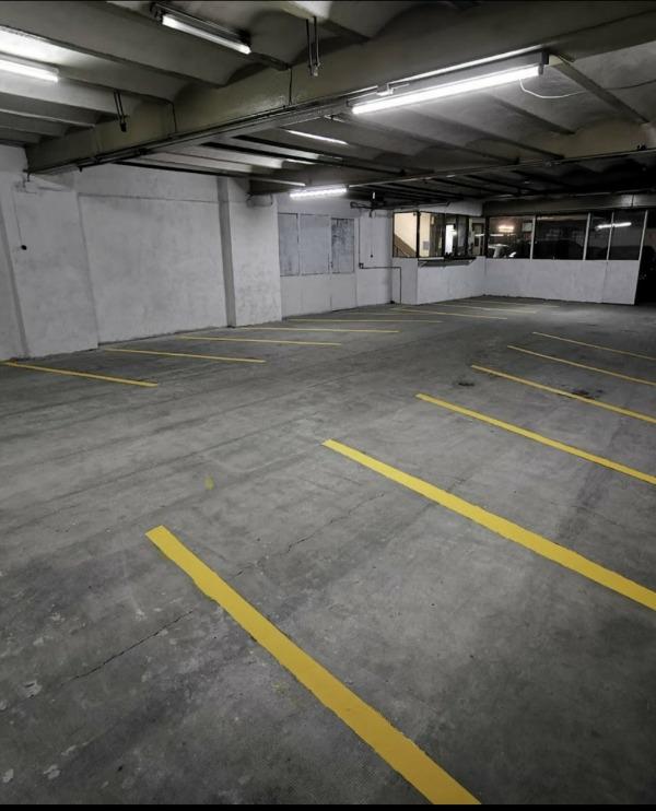 Alquiler de plazas de garaje para motos en Toledo. Taller Antonio V García. Taller mecánico en Toledo